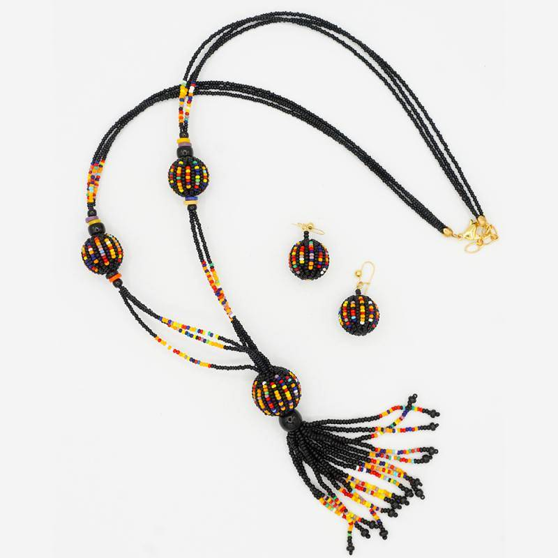 """""""Burattino"""" Necklace and earrings"""
